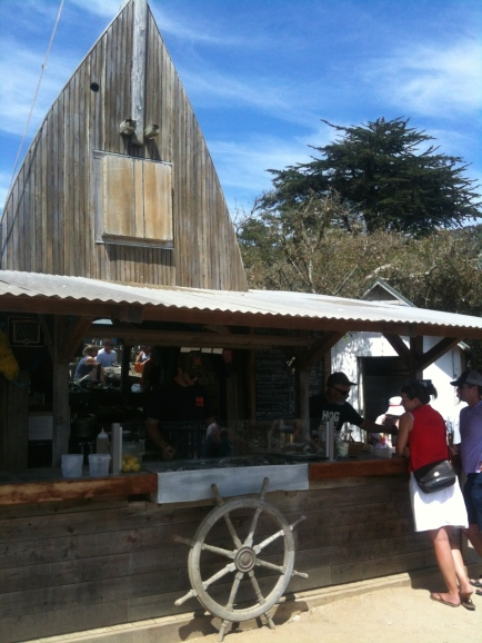 Hog Island Oyster Co., where we had an amazing picnic lunch avec des huitres and a phenomenal view to boot.